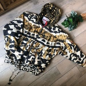 Vintage obermeyer animal print snow jacket.